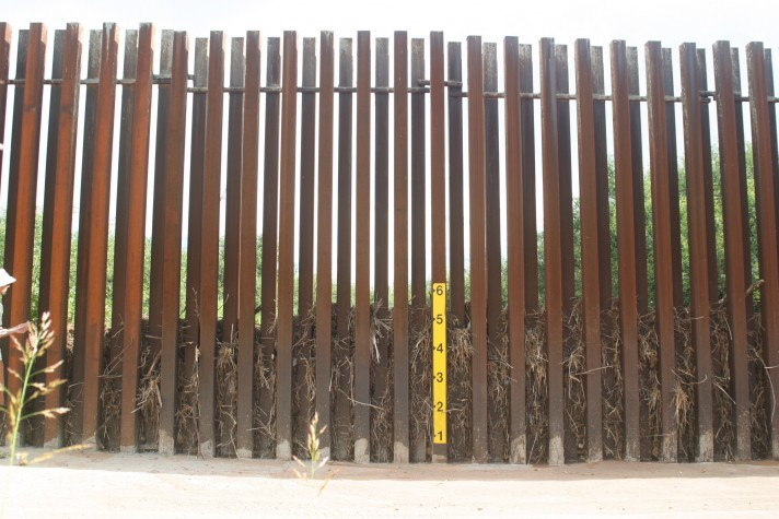 debris-in-San-Pedro-border-wall-August-2012-Scott-Nicol-1-712x475