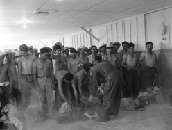 Long-Lost Photos Reveal Life of Mexican Migrant Workers in 1950s America
